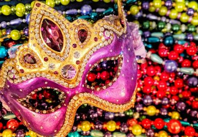 Volunteers Needed to String Mardi Gras-Style Beads for Gala! – NEW  ADDED 1/20!